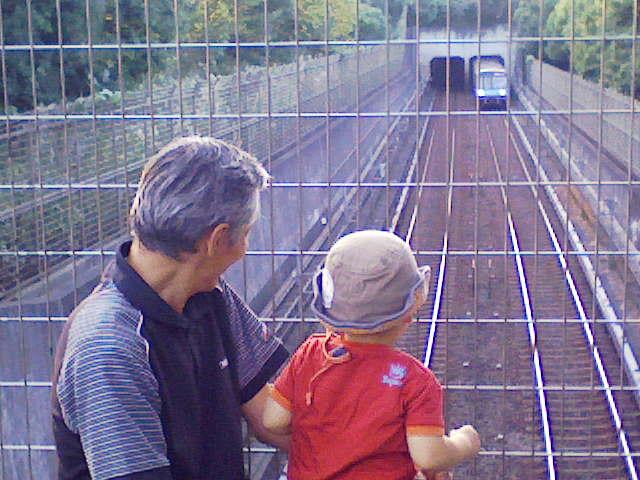 ♪電車、電車、でんしゃっしゃ♪